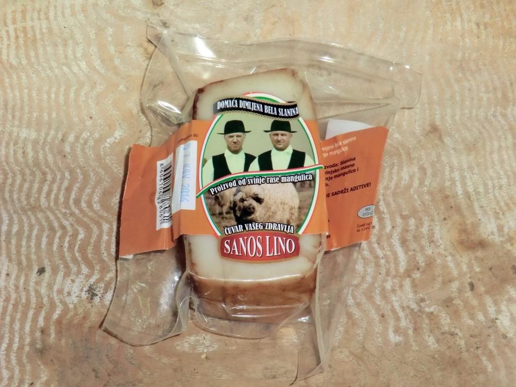 Domaća dimljena bela slanina od svinje mangulice 1kg